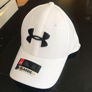 Men's White Under Armour Hat L/XL